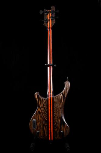 Bass (2)