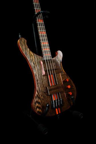 Bass (5)